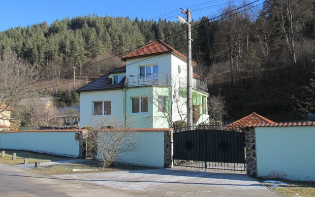 Iftherm-stavba, zateplovanie rodinnych domov Cierny Balog
